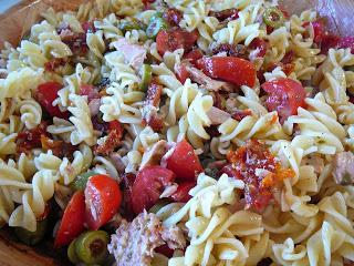 """Pasta Estiva! My """"go to"""" summer pasta dish."""