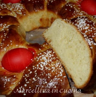 Easter Bread with red eggs