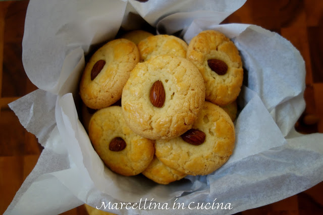Chinese Almond Cookies – A Baker's Odyssey Challenge #51