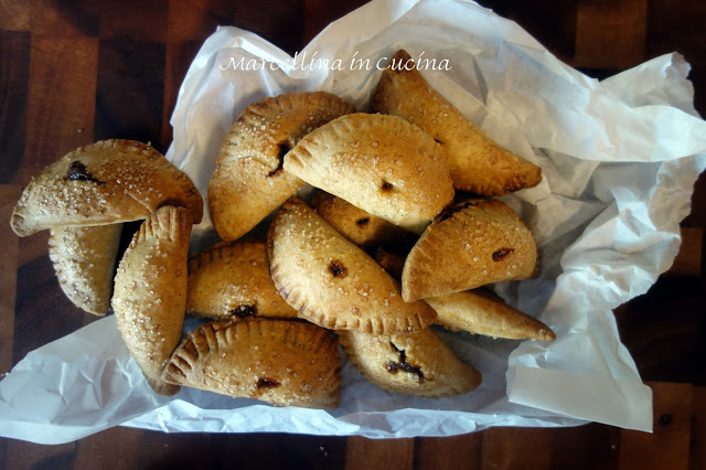 Pumpkin Empanadas for Thanksgiving – A Baker's Odyssey Challenge #54