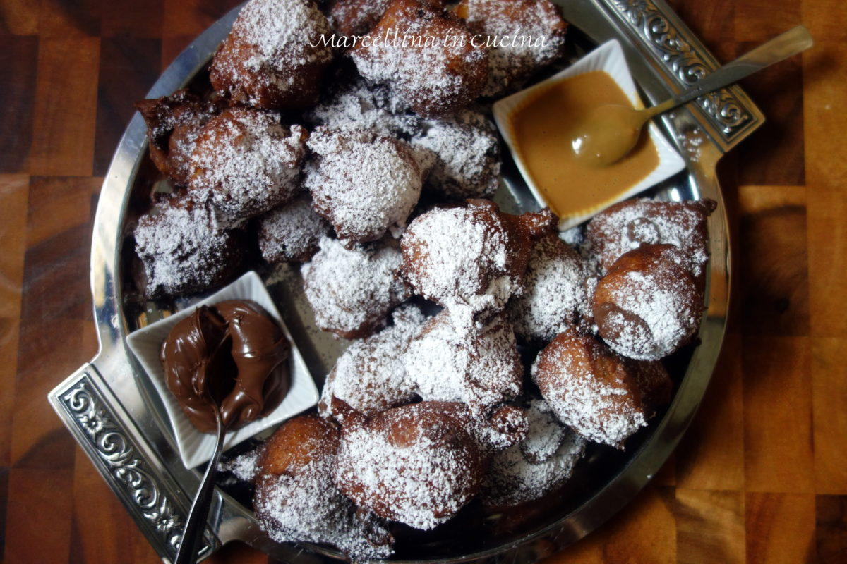 Dutch Donuts – The Last Daring Kitchen December Challenge