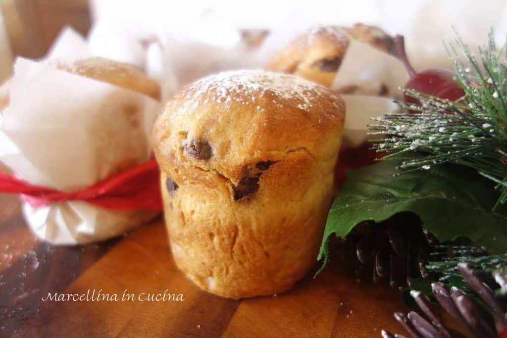 Mini Chocolate Chip Panettone