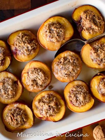 Baked Peaches stuffed with amaretti viewed from above
