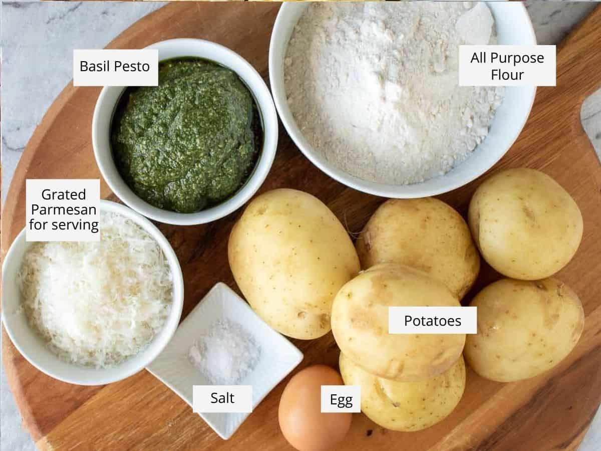 pesto gnocchi ingredients.